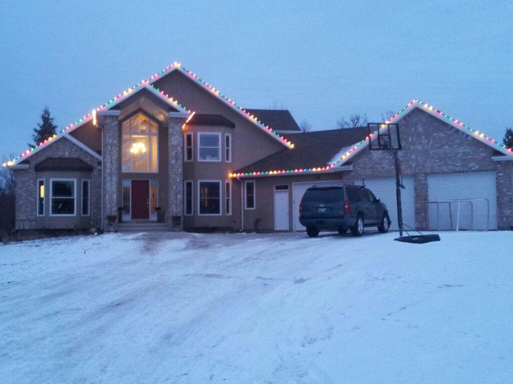 Christmas Light Install Winnipeg Amp Rural Mb Eaves
